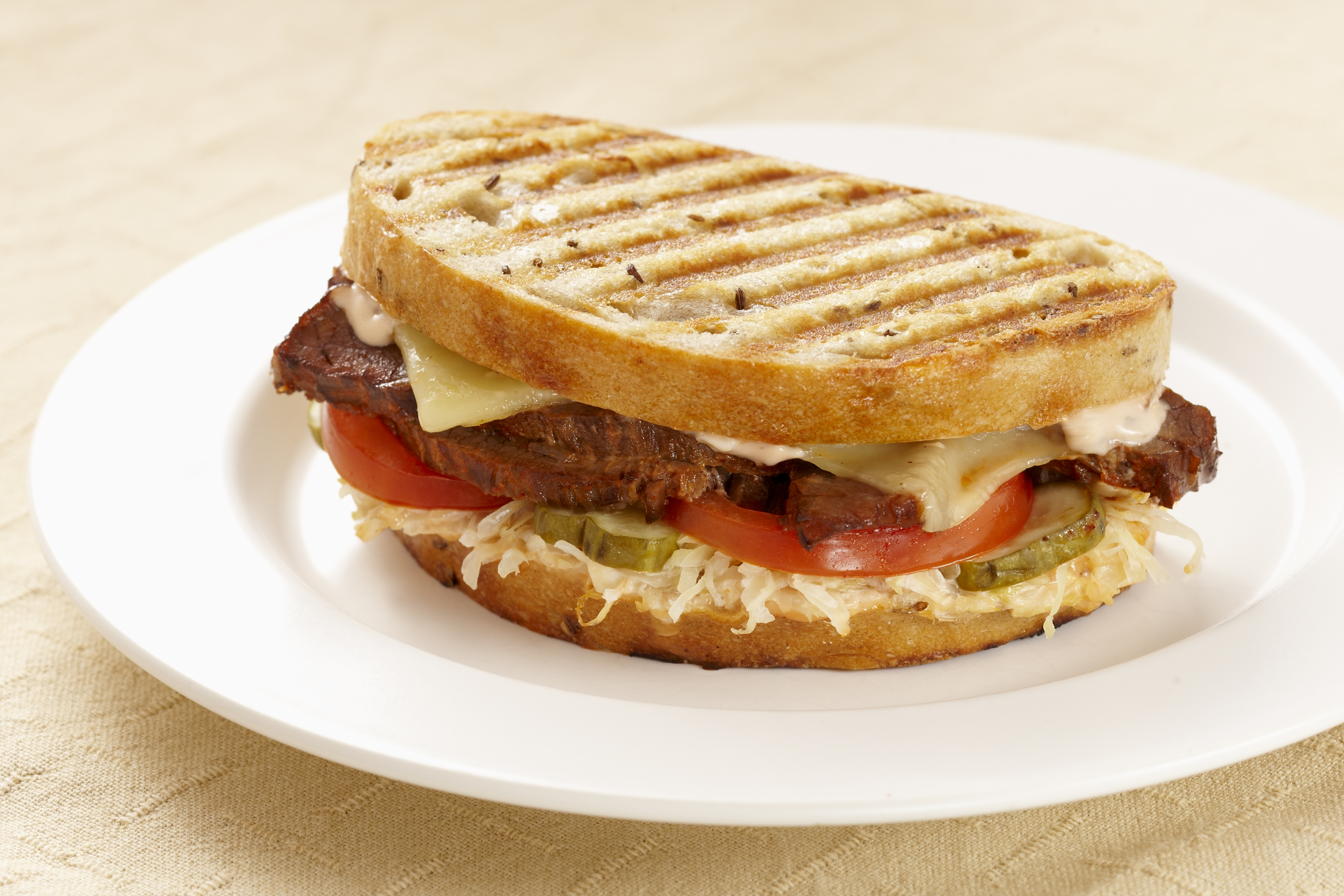 the perfect club sandwich 5 sandwich-making tips  140395306 lunch photo by: barbara helgason barbara helgason 1 spread out sandwich spreads  build your perfect sandwich with.